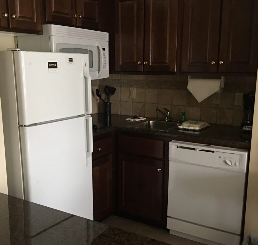 Staybridge Suites Stow Ohio review kitchen