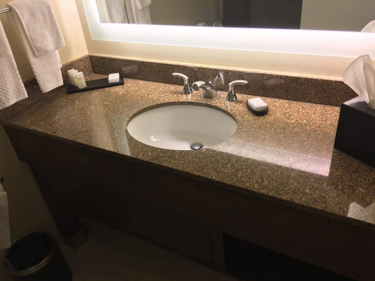 Embassy Suites Beachwood Ohio bahtroom sink
