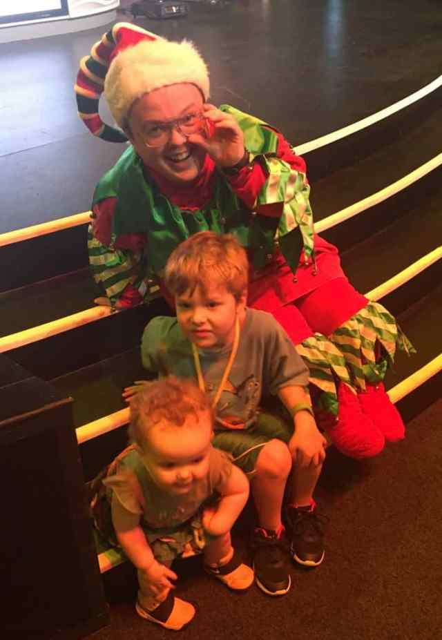 Holiday Character Experience at Disneys Hollywood Studios 2017 Christmas Elf
