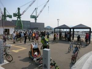オープン後初の船とあって、地元漁協の方々らの熱烈な歓迎を受けました♪
