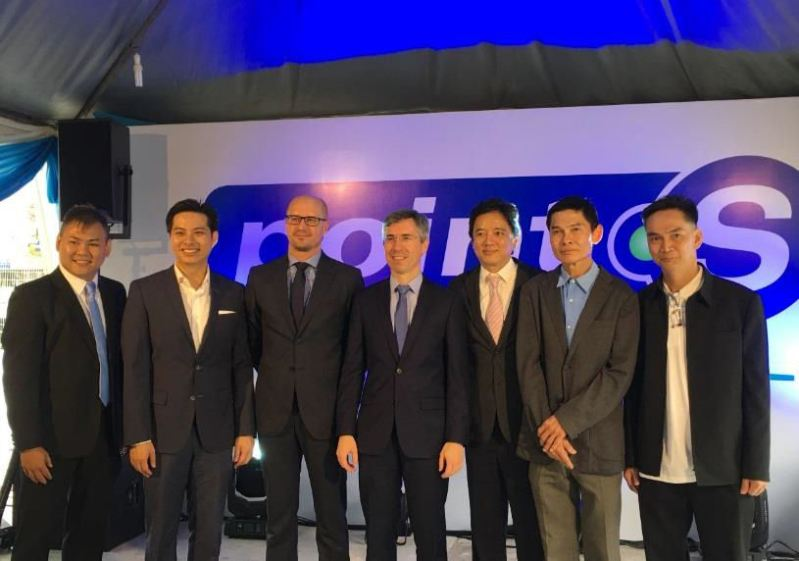 (l to r): Centre owner-operator Jeff Chin; Tai Qisheng, director of Point S Malaysia, and deputy CEO of the GIIB Group; Adrian Smiechowski, business development director at Point S Development; Frédéric Laplanche, France's ambassador to Malaysia; Tai Boon Wee, GIIB Group CEO; Lee Sew Tiong, centre co-investor; Lee See Hing, centre co-investor