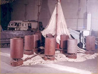Restos de la Estación Meterorológica Automática Kurt (Museo de la Guerra, Canada).