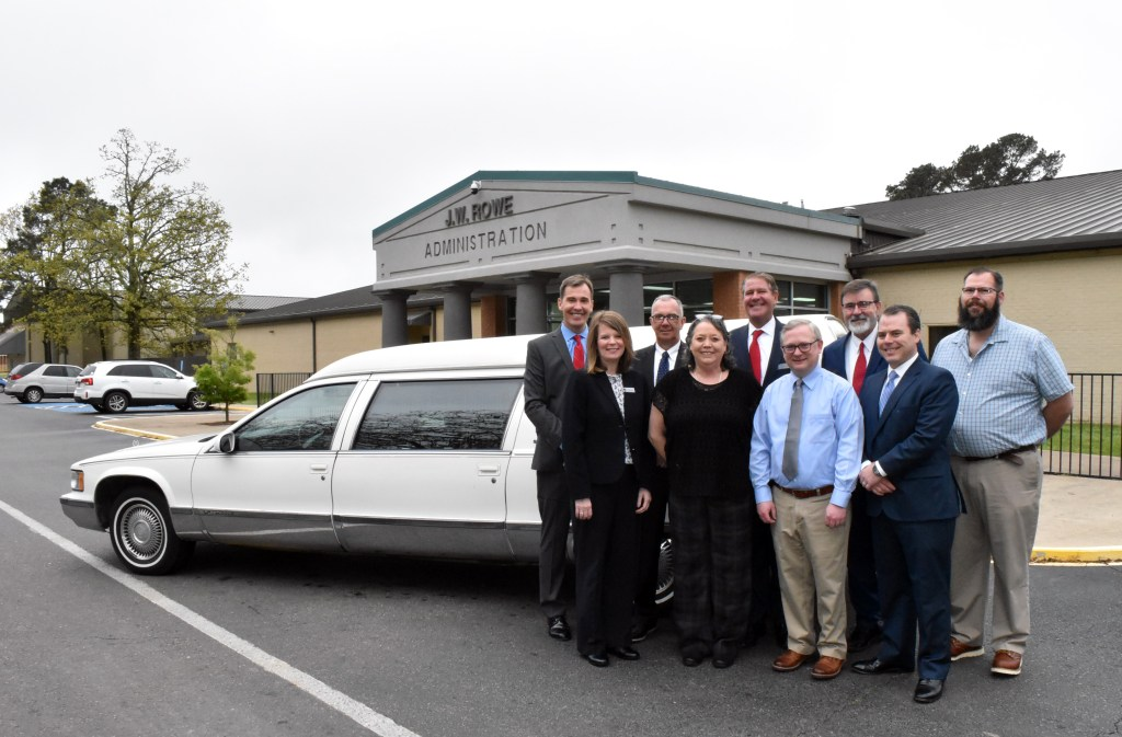 Herndon-Fuqua donates hearse to U of A Hope-Texarkana