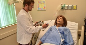 Application for the Evening Licensed Practical Nursing Program at UA Texarkana Now Open
