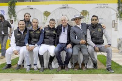 Lo staff della Yeguada Effatà di Roberto Sassi con il presidente Uaipre Angelo Grasso