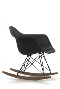 Vitra Plastic Chair RAR Charles Ray Eames