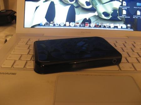 EL Western Digital Passport de 250GB sobre la macbook