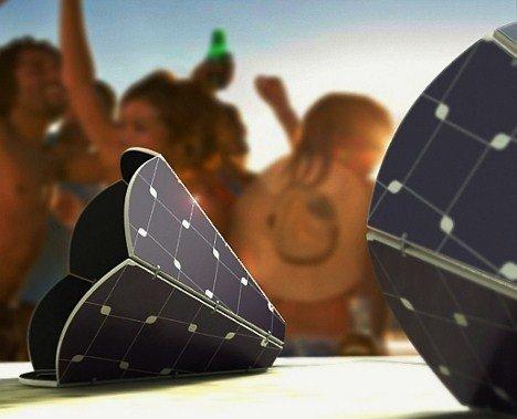 Gramo Speakers Are Solar Powered