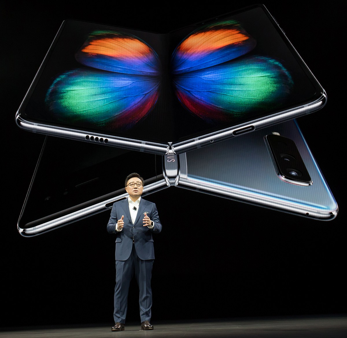 By Now Many Have Heard That The Samsung Galaxy Fold Has Been Officially Delayed In Order For Samsung To Fix The Durability Issues That Were Found With The