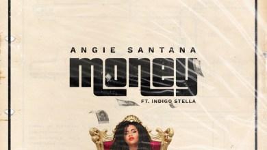 "Photo of Angie Santana & Indigo Stella Give ""Money"" To Fans"