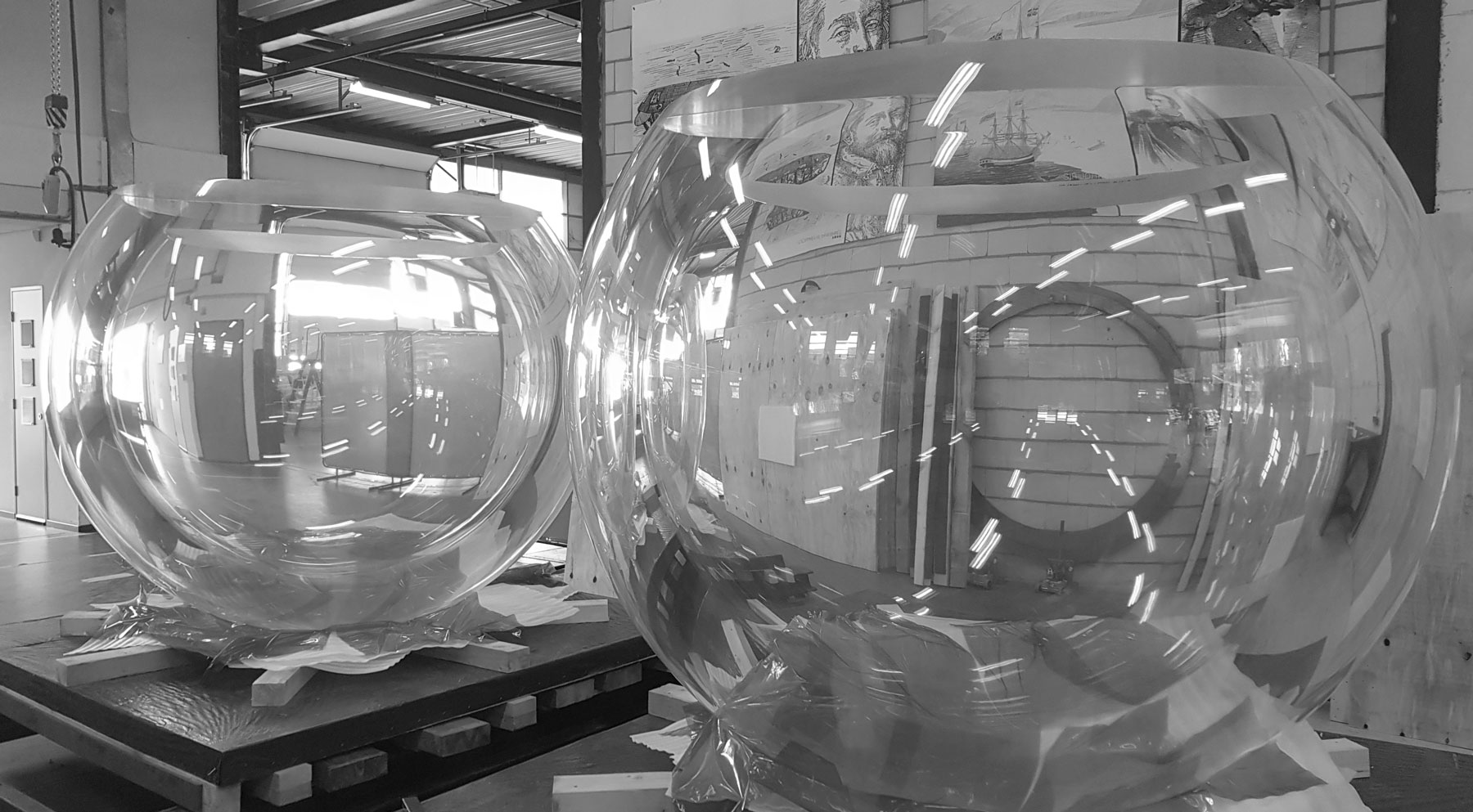 Fabrication of Acrylic Viewports for Deep Diving