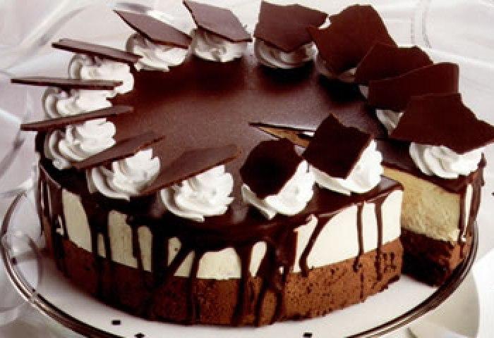 Fancy Cakes Upper Crust Bakery