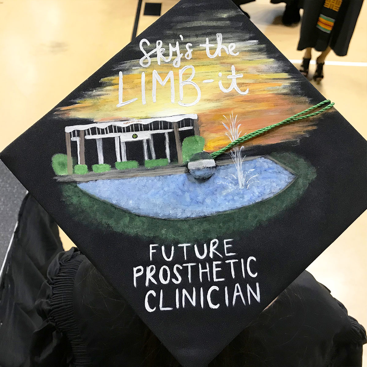 students decorate their ucf