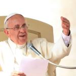 البابا يأمل بأن تتصرف الجماعة الدولية بمسؤولية وتعاضد حيال المهاجرين