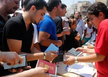 اللاجئون المسيحيون المشرقيون إلى السفارات إهمال ولامبالاة وشعب متروك لقدرهِ