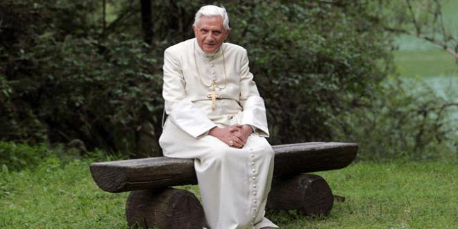 """بندكتس السادس عشر: """"يجب ألا يرضى الكهنة أبداً برؤية كراسي الاعتراف خالية"""""""