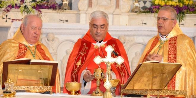قداس وتجديد نذور في كنيسة مار مارون في زغرتا في عيد القديس انطونيوس