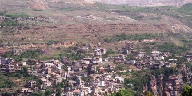 حدشيت على كتف وادي قنوبين في جبة بشري : بلدة الأديرة التي كتب القداس الماروني في أحدها