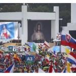 شباب العالم أجمع يرحبون بقداسة البابا فرنسيس في كراكوفيا