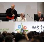البابا فرنسيس للشباب: تأكَّدوا أن الله يثق بكم، يحبّكم ويدعوكم - AP
