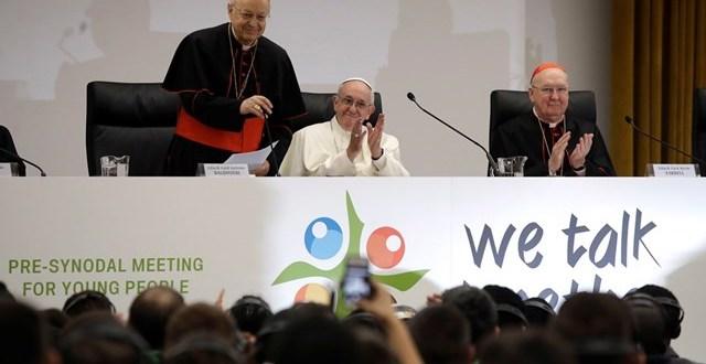 البابا فرنسيس للشباب: تأكَّدوا أن الله يثق بكم، يحبّكم ويدعوكم