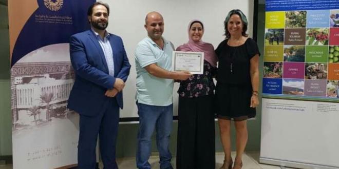 دورة تدريبية دولية لتذوق زيت الزيتون في طرابلس