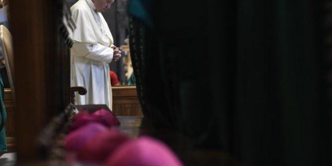 البابا فرنسيس يبرق معزيا بضحايا حادث طائرة إندونيسيا
