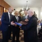 جمعية النورج كرمت النائب الفرنسي رويار: لتبنيه قضية مسيحيي الشرق