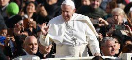 لقاء البابا مع عدد من الكهنة اليسوعيين خلال زيارته لباناما