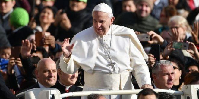 البابا فرنسيس: الصلاة تبدأ مع الحياة