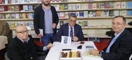 فعاليات اليوم السابع لمعرض بيروت العربي الدولي للكتاب ال 62 ندوات وتواقيع وتكريم قرم وأمسية لبزيع ومراجعة كتاب لكمال جنبلاط