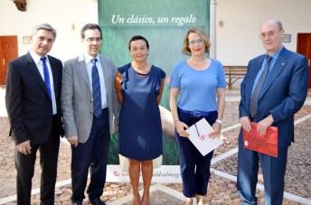 De izqda. a dcha.: Genaro Galán, Rafael González, Beatriz Cabañas, Natalia Menéndez y Felipe Pedraza