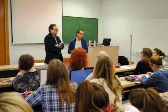 El ponente junto al profesor David Igual