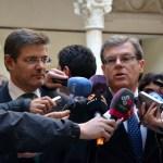 El rector y el ministro atendieron a los periodistas antes de la inauguración