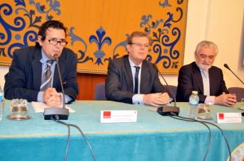 De izquierda a derecha: Matías Barchino, Miguel Ángel Collado y Darío Villanueva.
