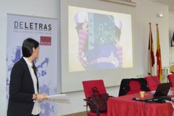 La psicóloga Ana Adán, durante su intervención