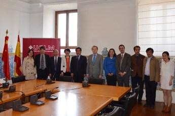 Representantes de la UCLM y de la Universidad de Nangchang