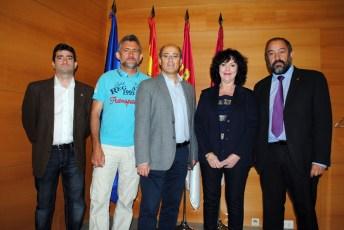 Ponentes y representantes de la UCLM