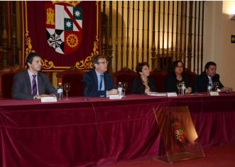 Autoridades participantes en la clausura