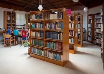 Momento de la prueba disputada en la biblioteca del centro. Fotos: Pedro Pablo Salvador, IntermediAcción