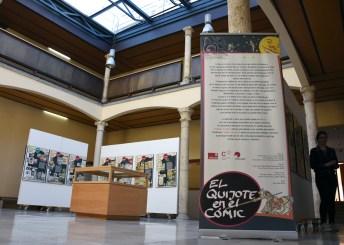 Integran la exposición paneles explicativos y vitrinas con ejemplares de las obras