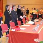 Mesa presidencial con el equipo de Gobierno de la UCLM al fondo
