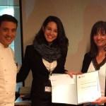 María Isabel Valiente recoge el premio como ganadora del II Certamen Mejor Orador/a 2016
