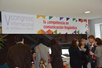 Cerca de un centenar de personas ligadas al mundo de la Educación se dan cita en este encuentro