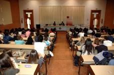 El aula 1.4 de la Facultad de Humanidades ha acogido el encuentro