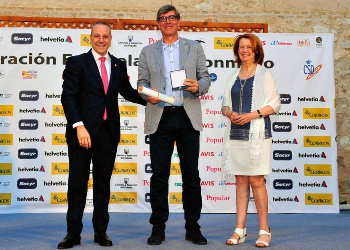 El profesor de la UCLM Francisco Sánchez, Medalla de Oro de la Real Federación Española de Balonmano