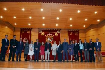 Representación mexicana junto al director del encuentro, Juan Ramón de Páramo, (centro)
