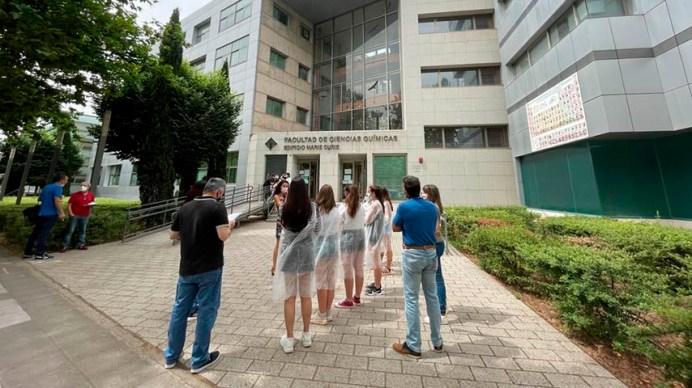 Los estudiantes pudieron conocer la oferta académica e iniciarse en la experimentación científica © Gabinete de Comunicación UCLM