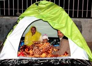 A family of kidney patient in tent outside AIIMS Hospital