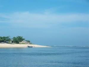 Pantai Ujung Genteng, Kabupaten Sukabumi. (Photo: @nsopiy, 28/05/11